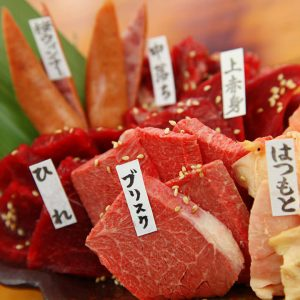 桜屋 馬力キング 赤坂では馬肉料理を多数ご用意してます!